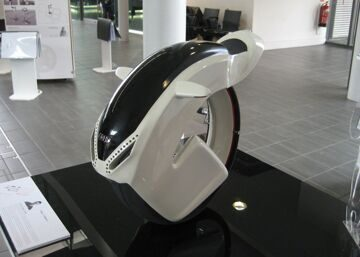 1416824725_monocycle-audi-am